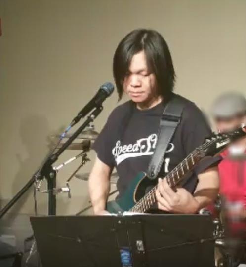 廖晓文  吉他演奏员  曾参加梅拉诺文化演艺公司举办的 【国乐盛典春雷动地】、【鹰飞龙腾新年新春】的大型演出活动。