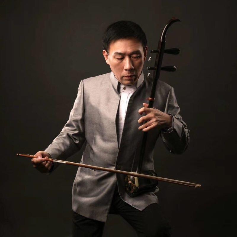 中国著名一级中胡演奏家、<ZCO>艺术顾问翁国庆