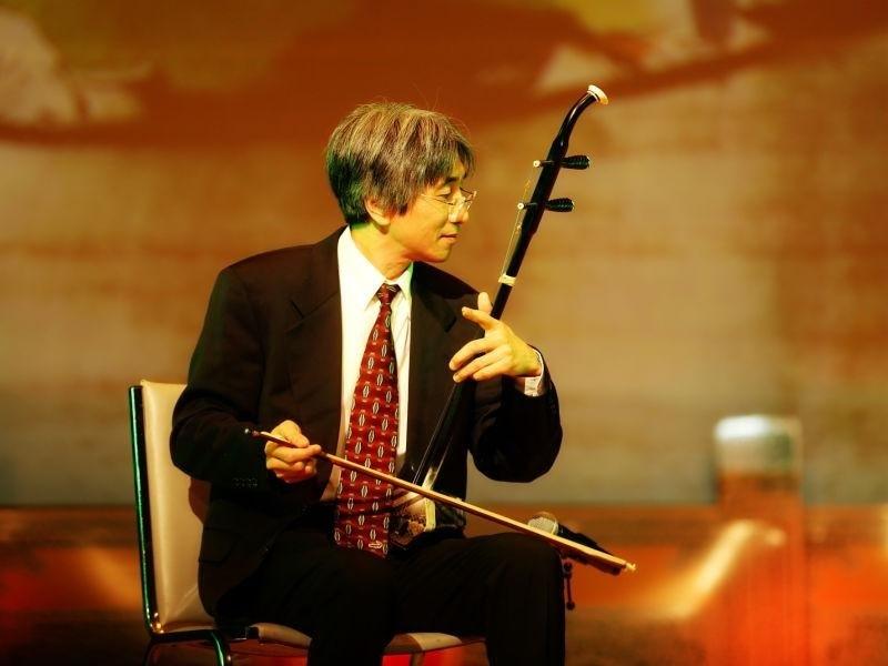 知名二胡演奏家、中华国乐团《ZCO》首席梁云河