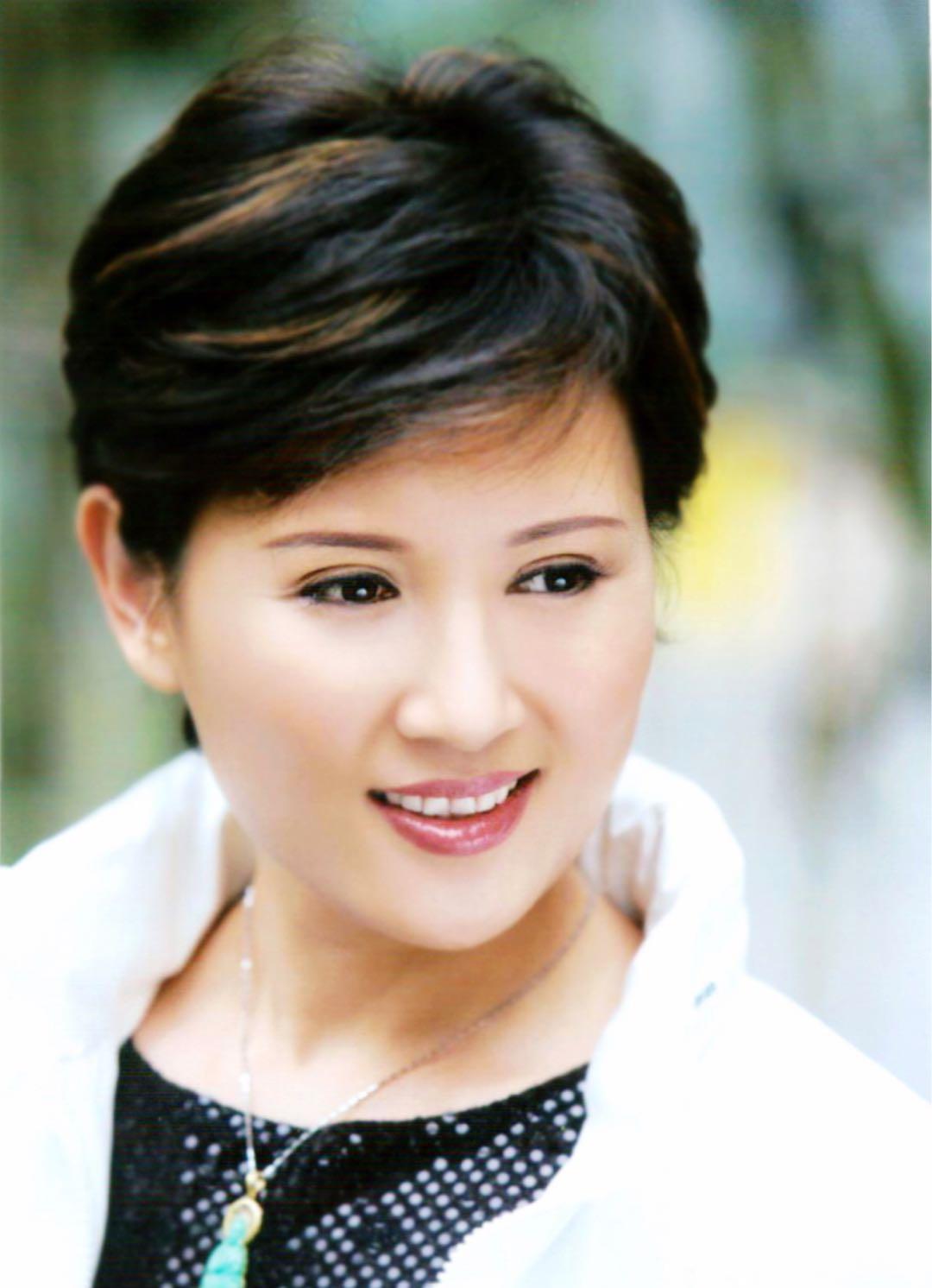 """中国国家一级演员上海越剧院的著名""""王派""""花旦单仰萍"""