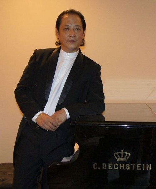 汪大卫  : 中华国乐团音乐总监/音乐指导,美中华人音乐家协会理事