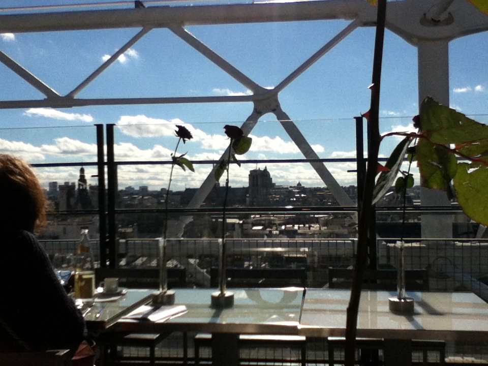 I very well might be having lunch at the top of the Centre Pompidou.       2013