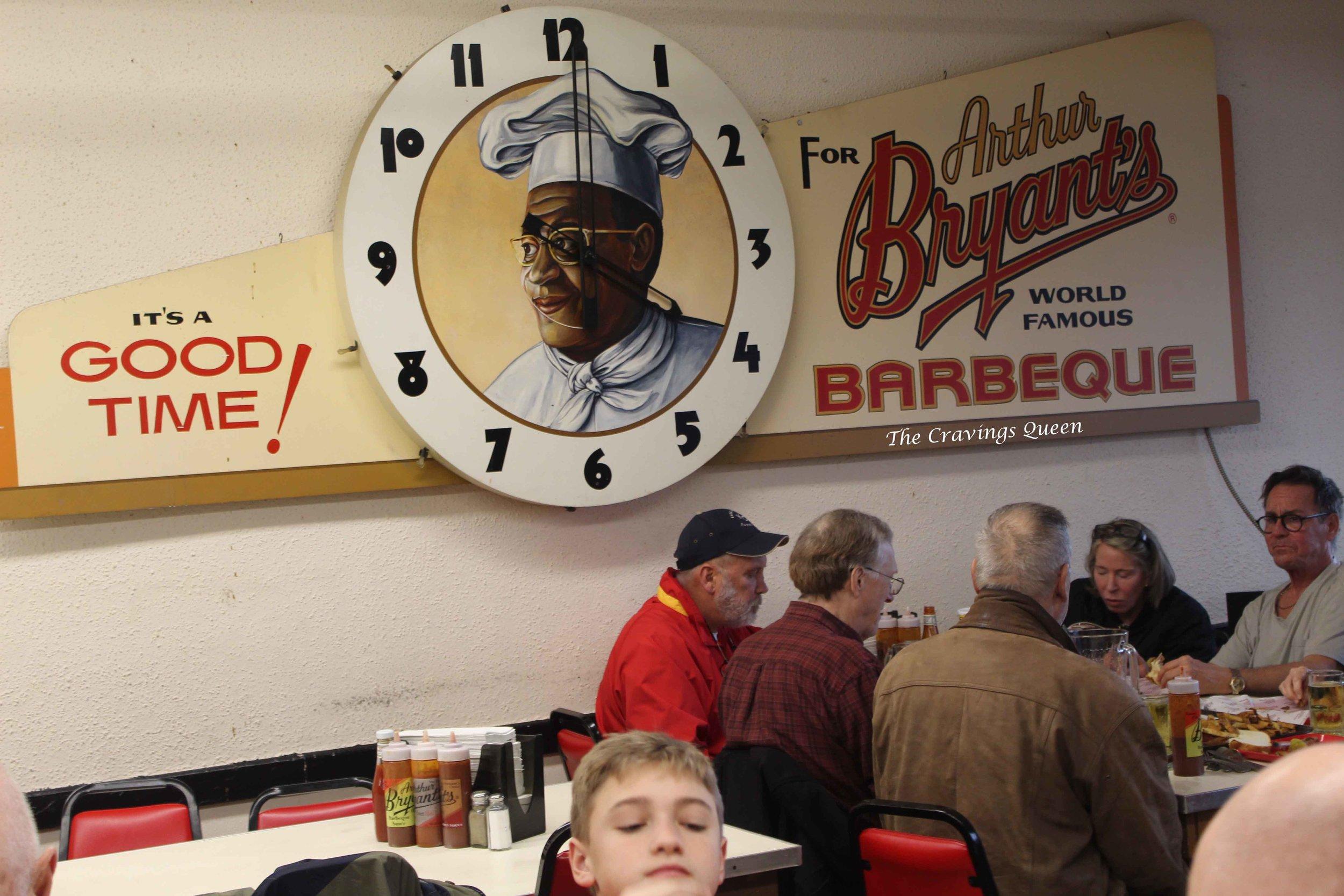 Arthur-Bryants-dining-room.jpg