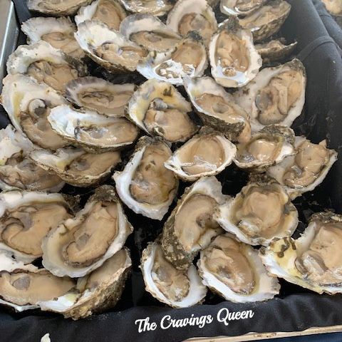 Tempt - raw oysters