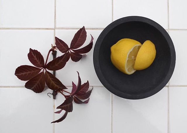 Petite bowl . Black basalt . Objects for the sophisticated eye . #concreteorigamists #minimaldesign #concretejungle #concretelife #interiorstyle #showroom #skandihus #studiophotography #seekthesimplicity #made #madebyhand #madeinlondon #madeinengland #bowl #thecreatorclass #theworldofinteriors #moderndesign #tiles #designer #dustlondon
