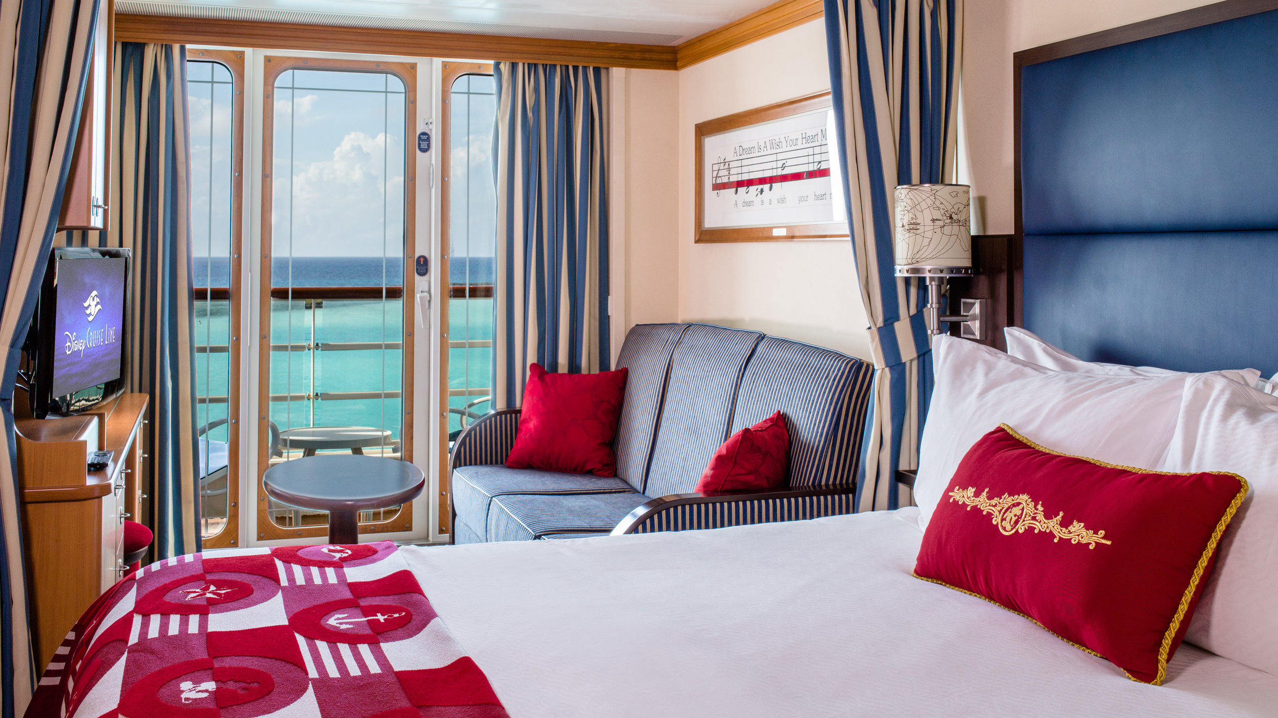 DM05c-deluxe-oceanview-stateroom-with-verandah.jpg