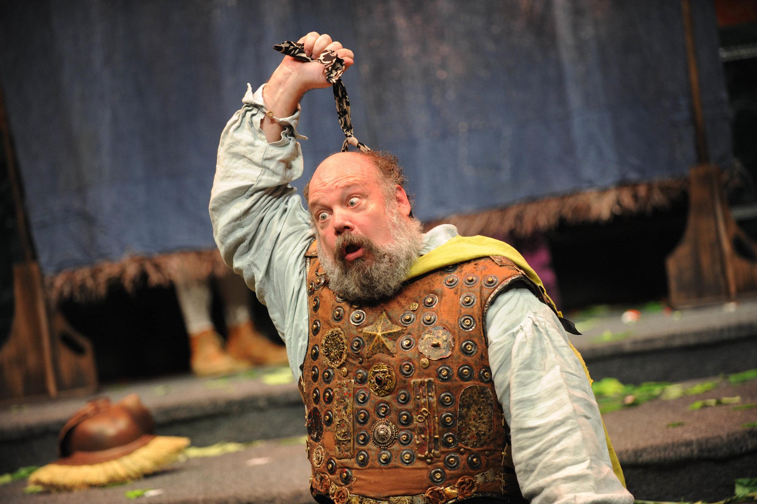 John Ahlin as Pyramus