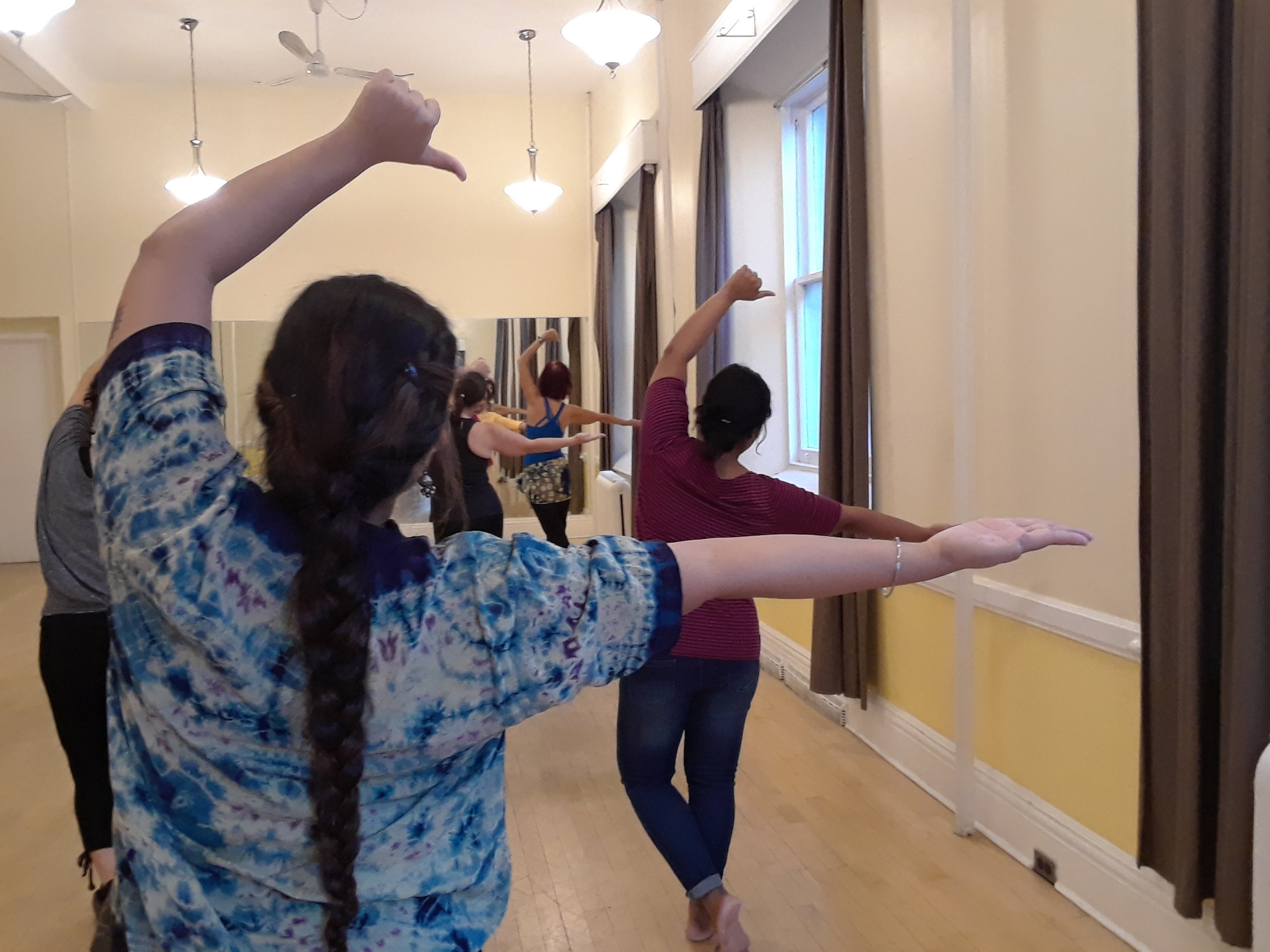 bollywood_and_classical_indian_dance_classes_in_toronto (4).jpg