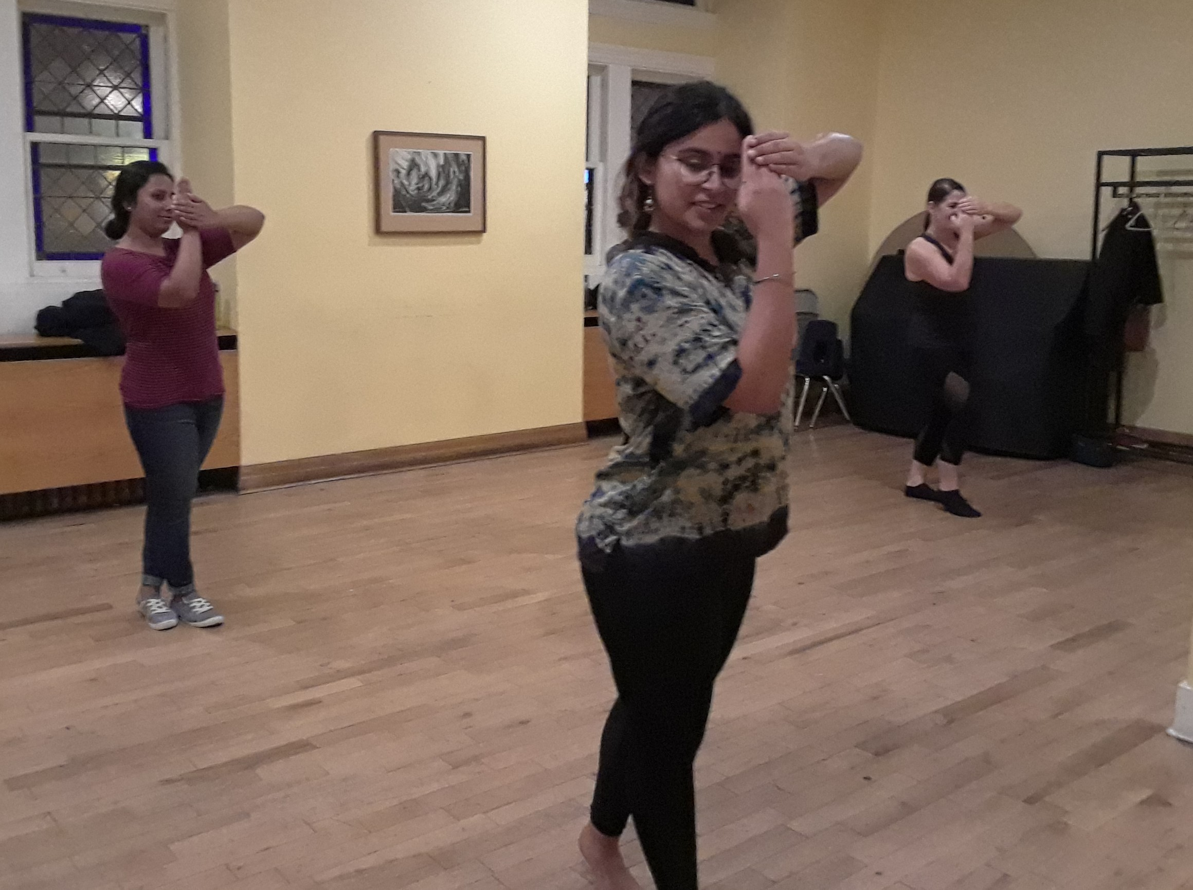bollywood_and_classical_indian_dance_classes_in_toronto (6).jpg