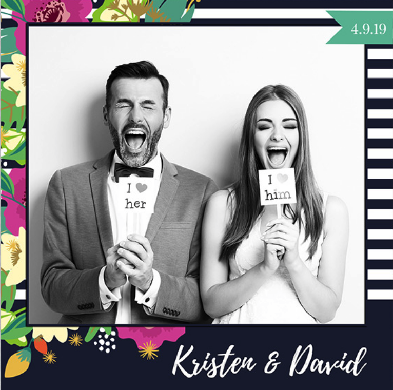 Trend alert!! We offer square photo booth pics!