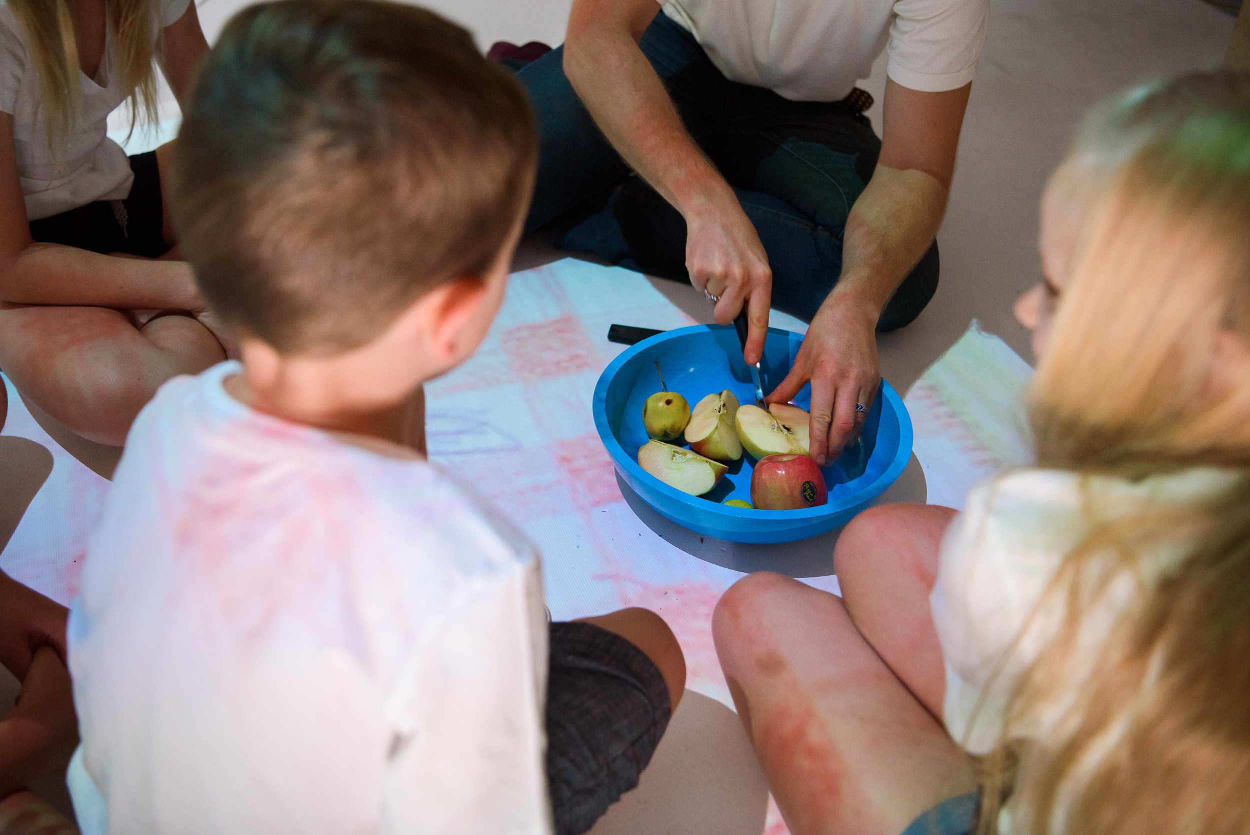 "Saskia burst out loud ""Wow, it's real!"" as we sat down on a digitally projected picnic blanket to enjoy eating home grown apples.  We wondered, ""Is the picnic real?"""