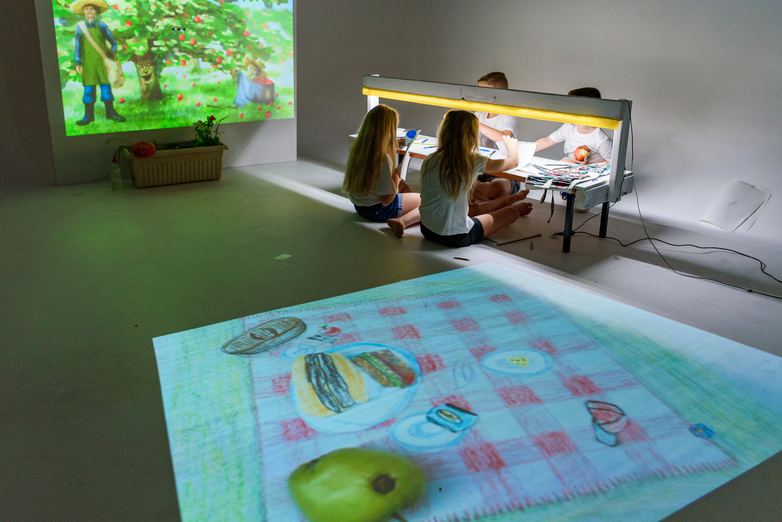 Using Children's Philosophy in tandem with the our interactive theatre amplifies the creative and learning potential of both children and educators.  Our interactive theatres adapt in real time to children's natural way of learning through role playing and educator's preferred method of applying their creative curriculum.