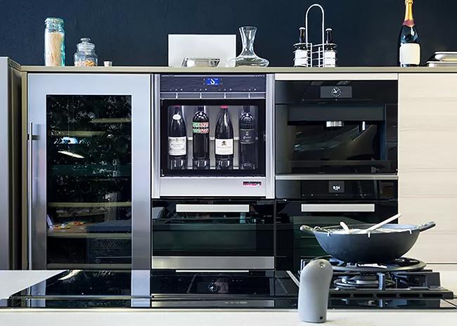Quattro-with-kitchen-appliances.jpg
