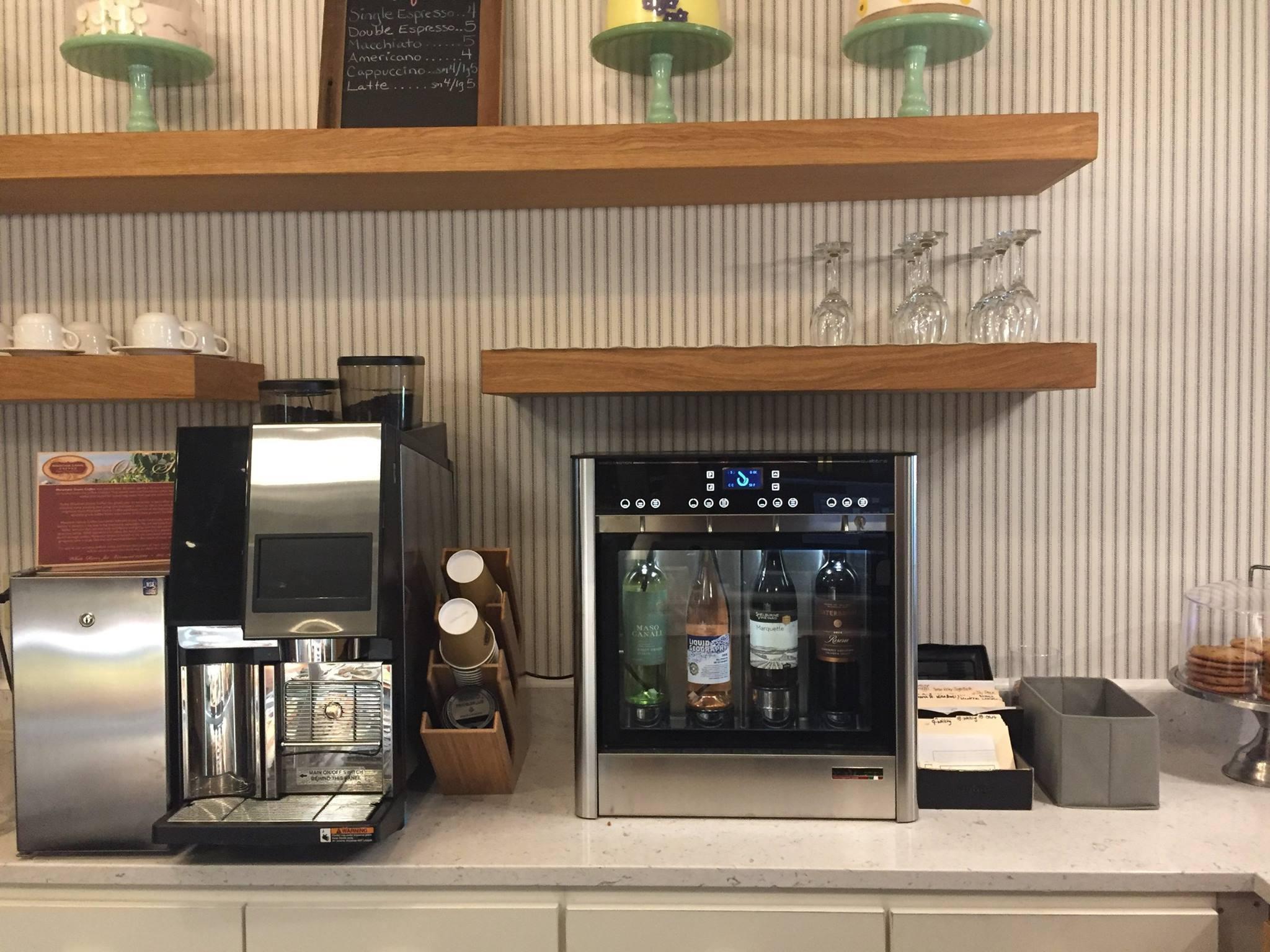 Quattro-Cafe.jpg