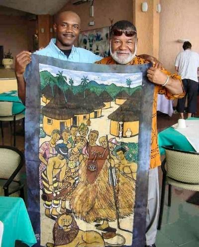 Dr. Opala explaining the symbolism in Choema's art