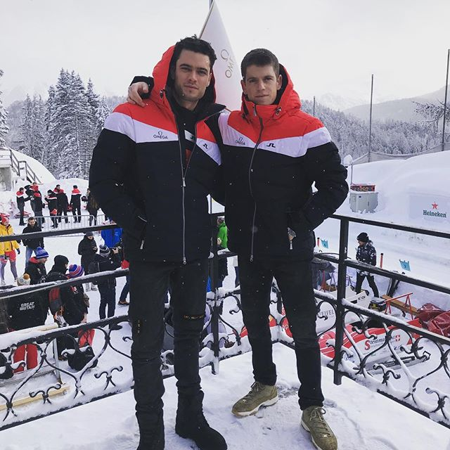 Muchas gracias/thank you @omega. Bobsleigh experience in winter wonderland 💯