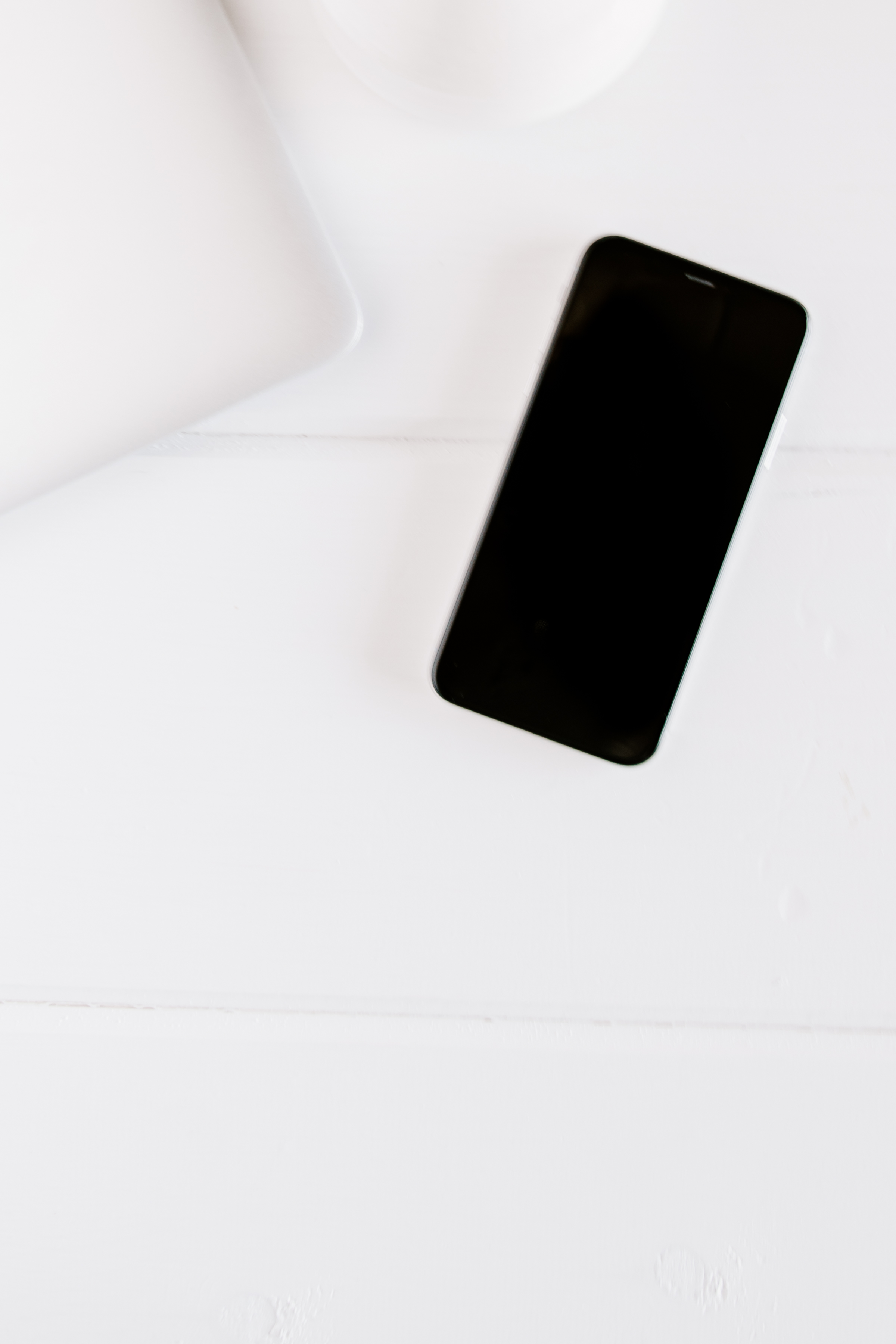 PBD-FarmhouseiPhone-Mockups-10.jpg