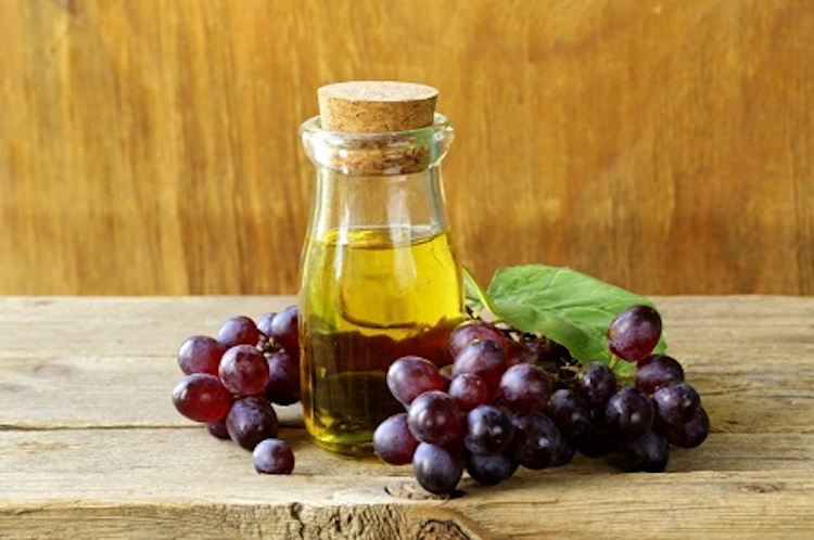 grapeseed oil.jpg