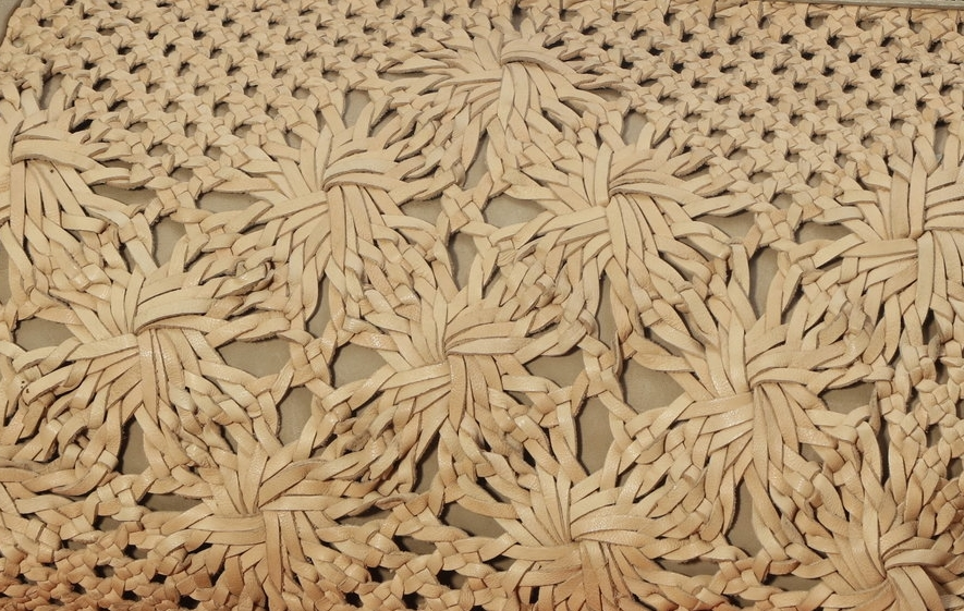 NATALIA - Our beige hand-woven collection