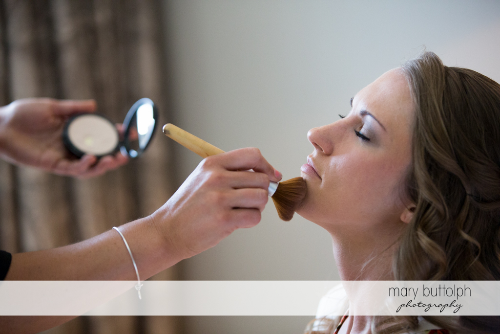 Bride gets ready for the big day at the Inns of Aurora Wedding