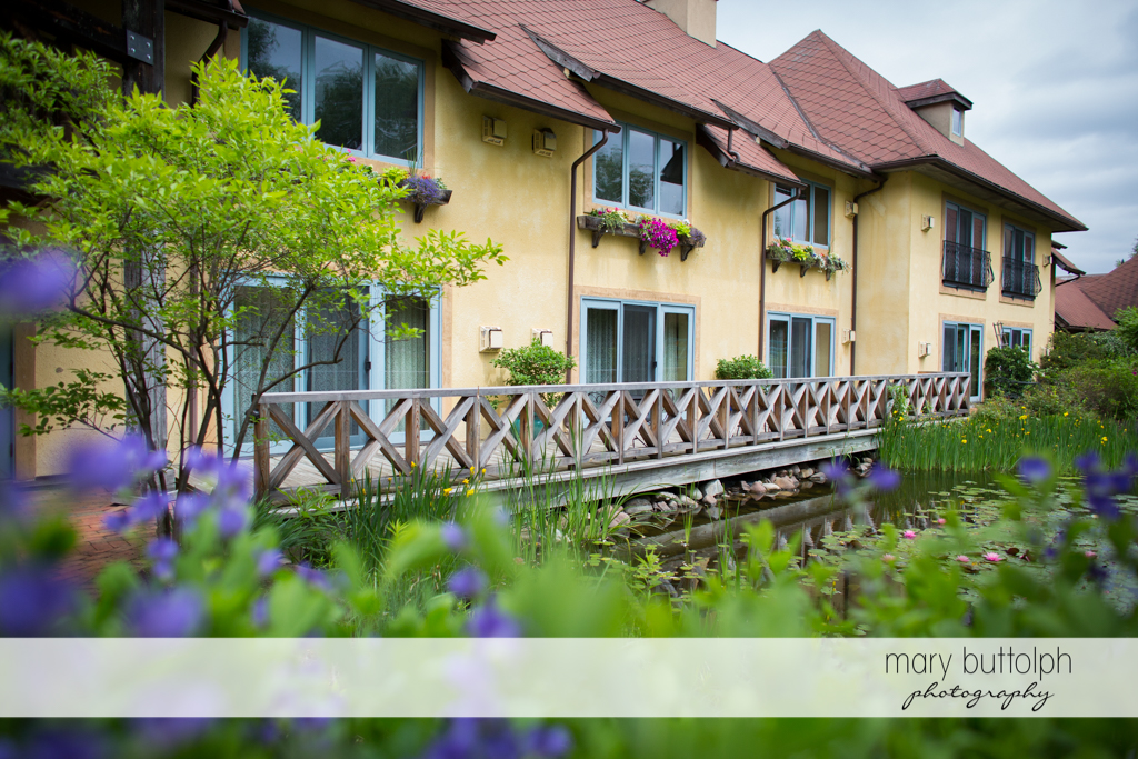 Side view of the resort at the Mirbeau Inn & Spa Wedding