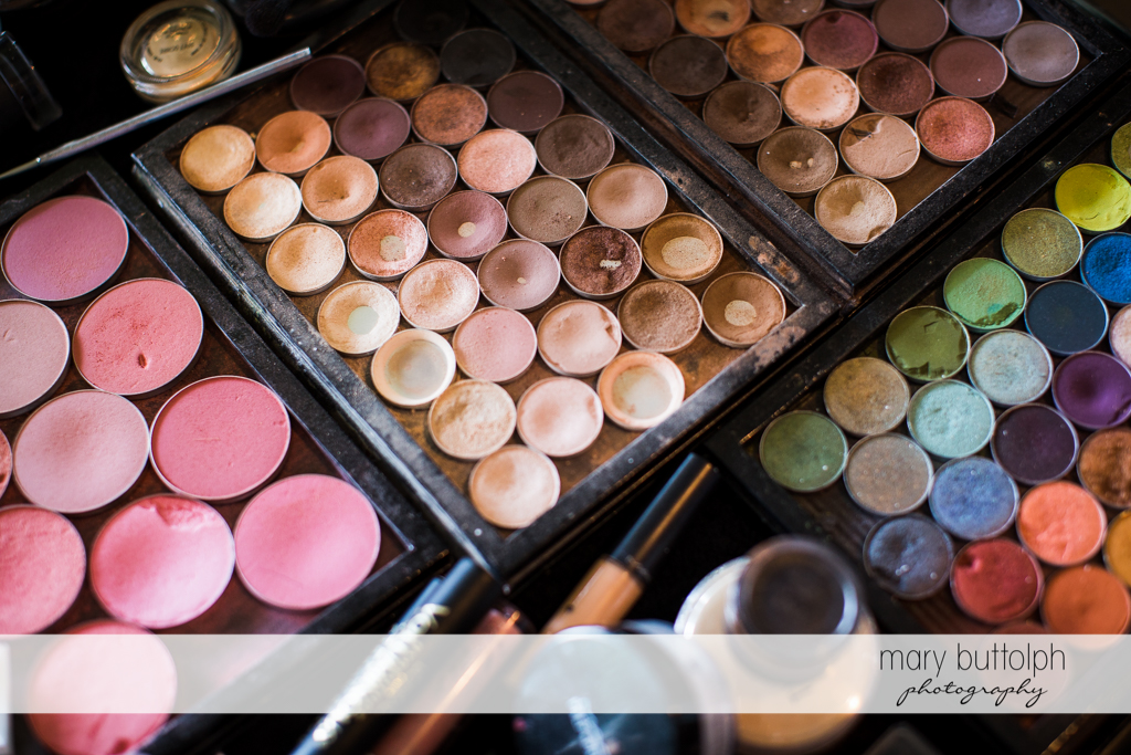 You can never have too much foundation at Anyela's Vineyards Wedding