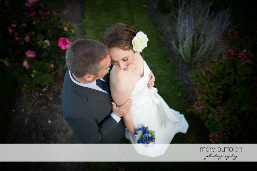 Top view of the couple in the garden at Anyela's Vineyards Wedding