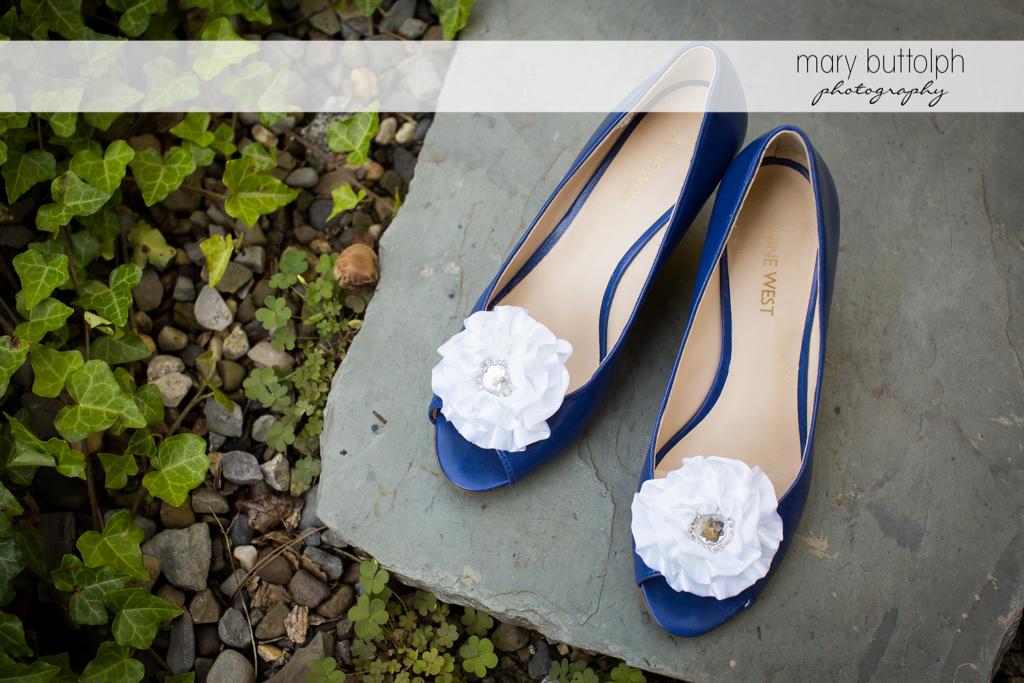 Bride's wedding shoes take the spotlight at Skaneateles Country Club Wedding