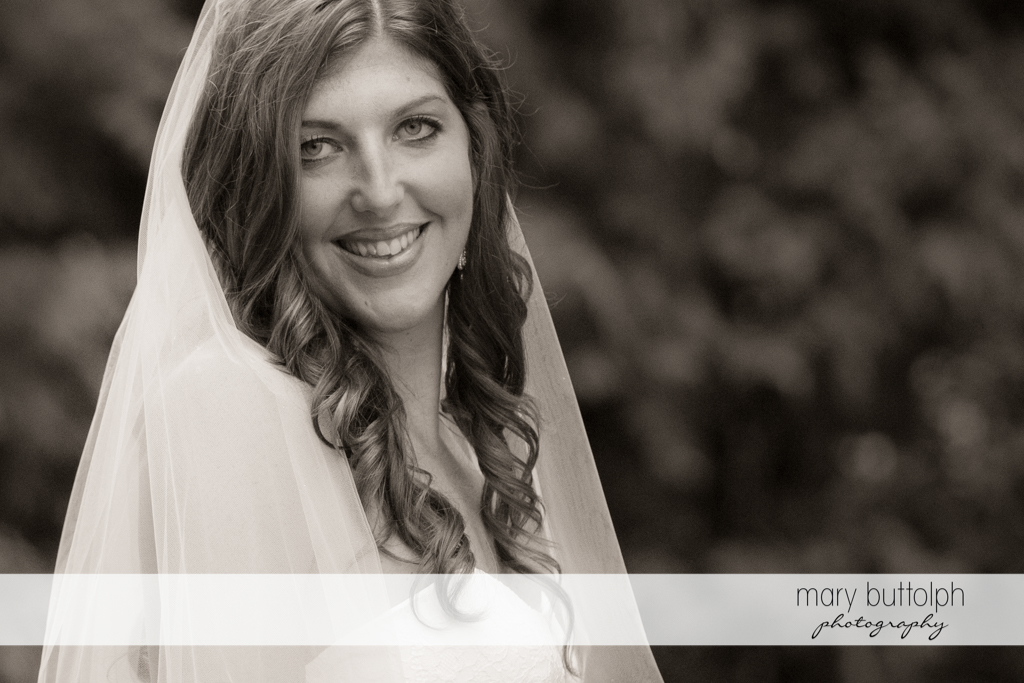 Close up shot of the beautiful bride at the Sherwood Inn Wedding