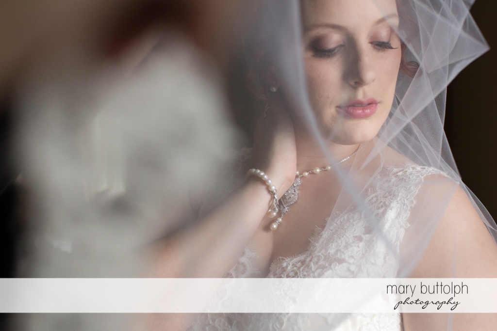 Close up shot of the bride at Frog Pond Bed & Breakfast Wedding