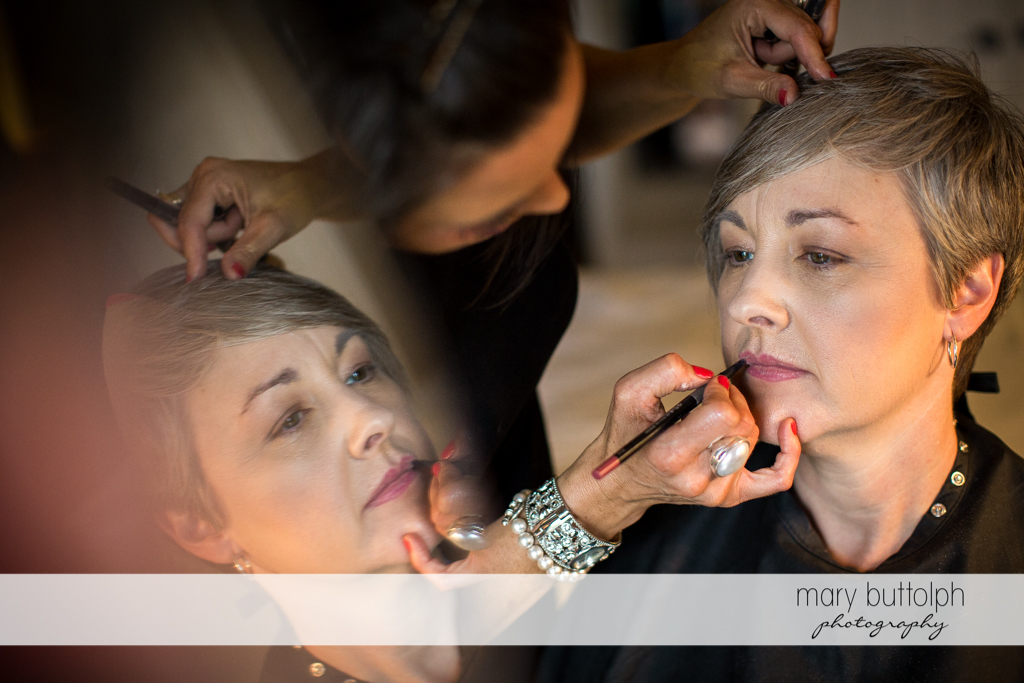 Bride gets a makeover at Mandana Barn Wedding