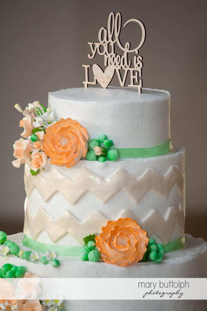 Couple's wedding cake proclaims their mood at Emerson Park Pavilion Wedding