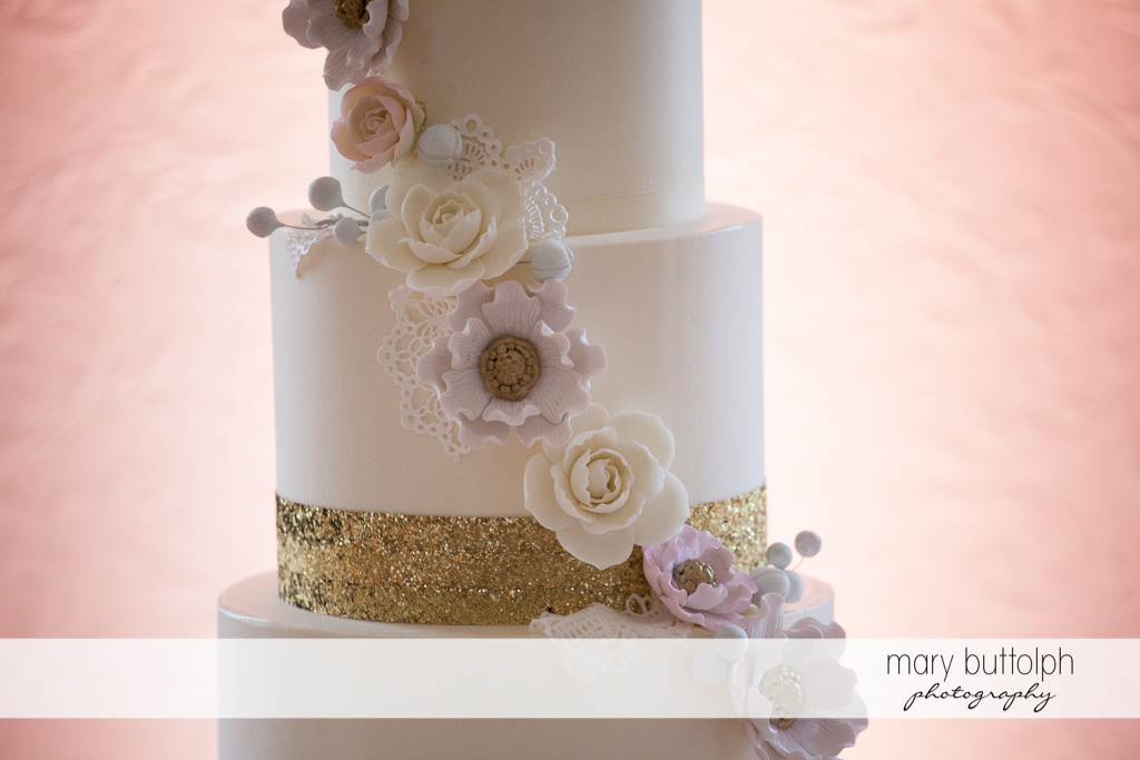 Close up shot of the couple's wedding cake at Emerson Park Pavilion Wedding
