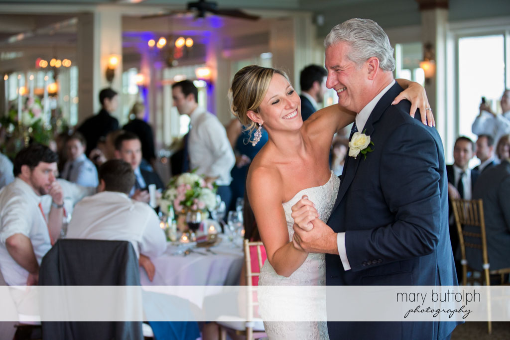 Bride and her father dance at Skaneateles Country Club Wedding