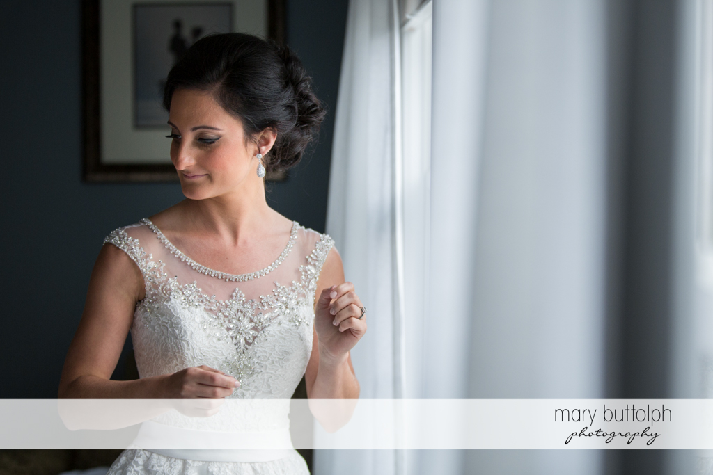 Bride is all dressed up and ready for the wedding at Anyela's Vineyards Wedding