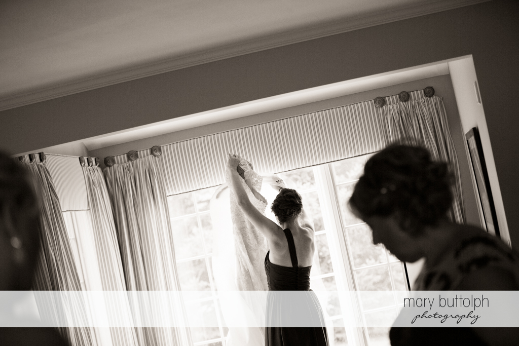 Guests prepare for the big day at the Lodge at Welch Allyn Wedding