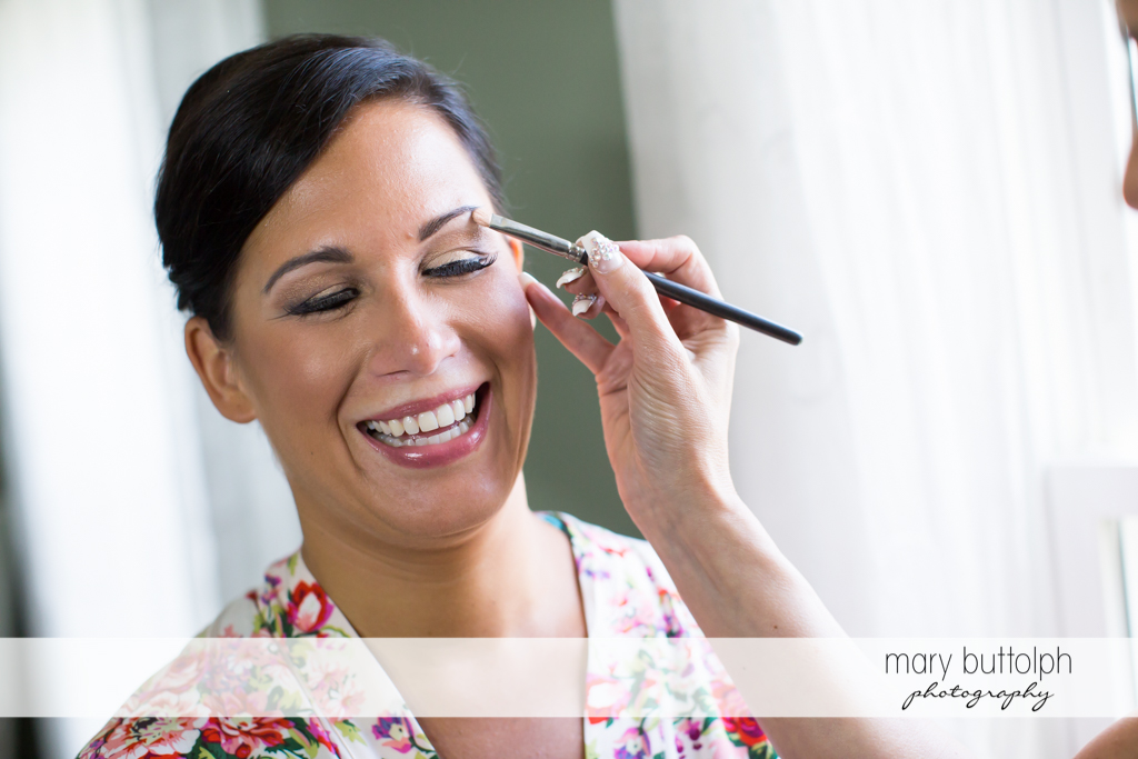 Bride gets a makeover at The Lodge at Welch Allyn Wedding
