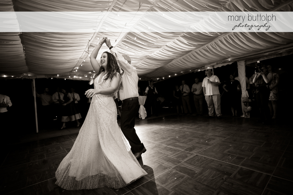 Bride and her father show their moves on the dance floor at Aurora Inn Wedding