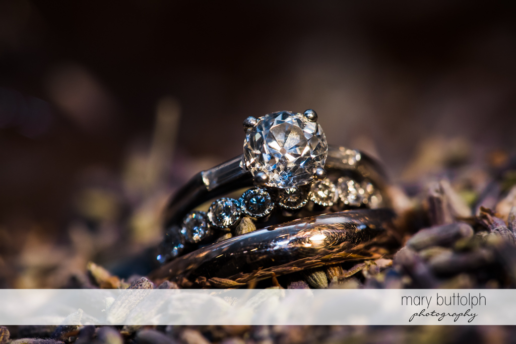 Bride's wedding ring at Aurora Inn Wedding