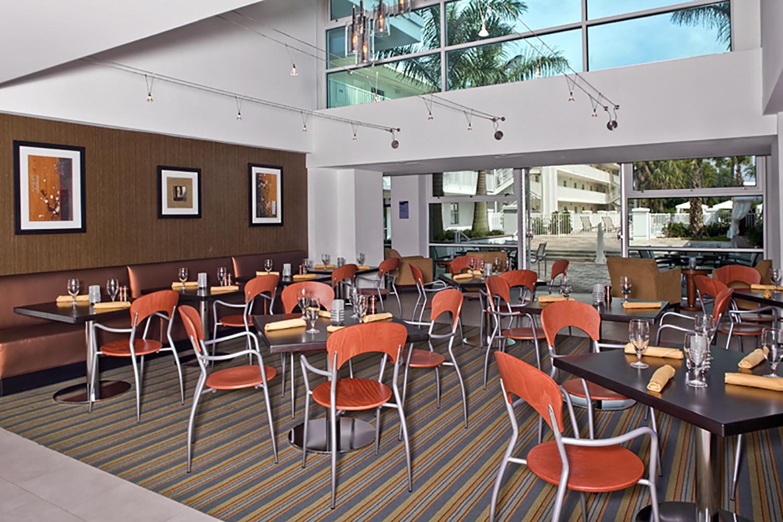 Restaurant 72.jpg