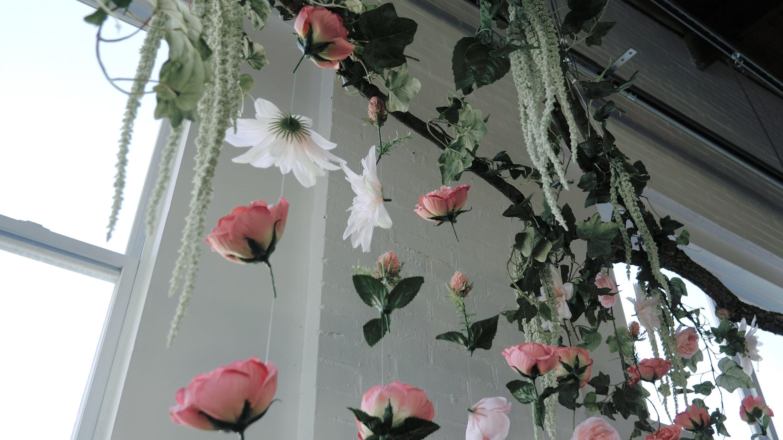 Flowers hanging.jpg