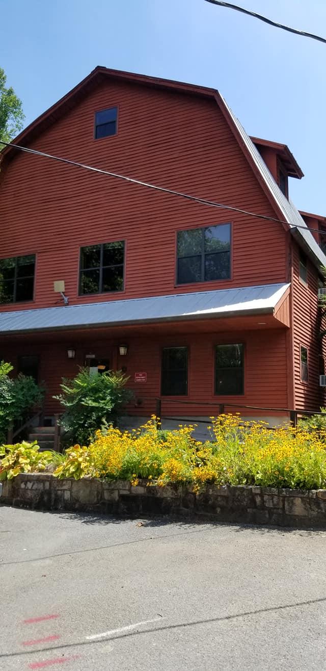 Red Barn Dorm at Arrowmont