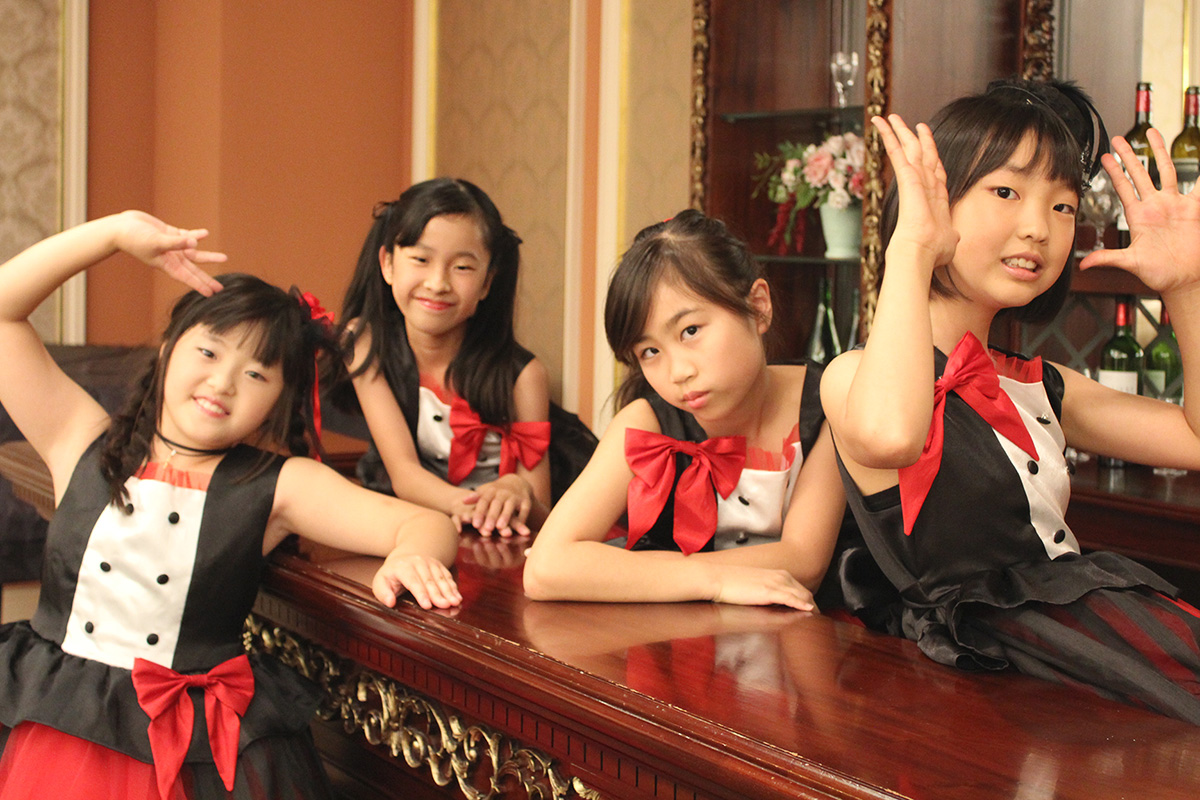 From left: Fumi (Drummer), Rina (Keyboard & Vocal), Kanon (Guitar & Vocal) and Haru (Bass)