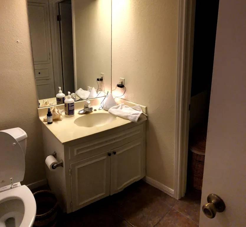 bathroom scott st.jpg