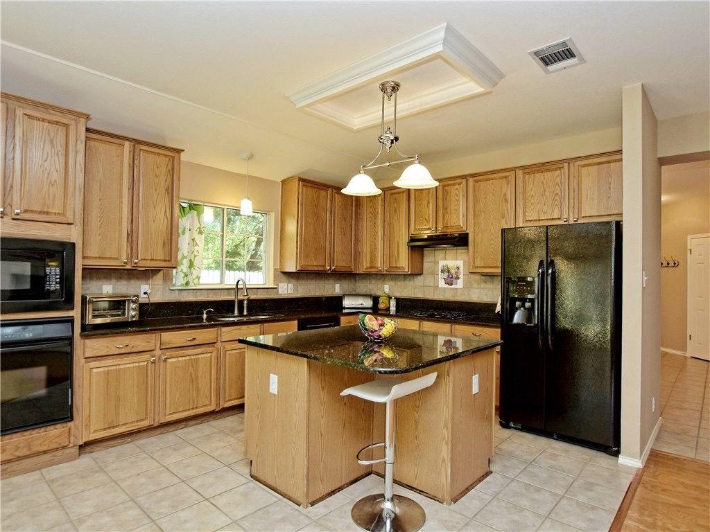 kitchen-Hallshire.jpg