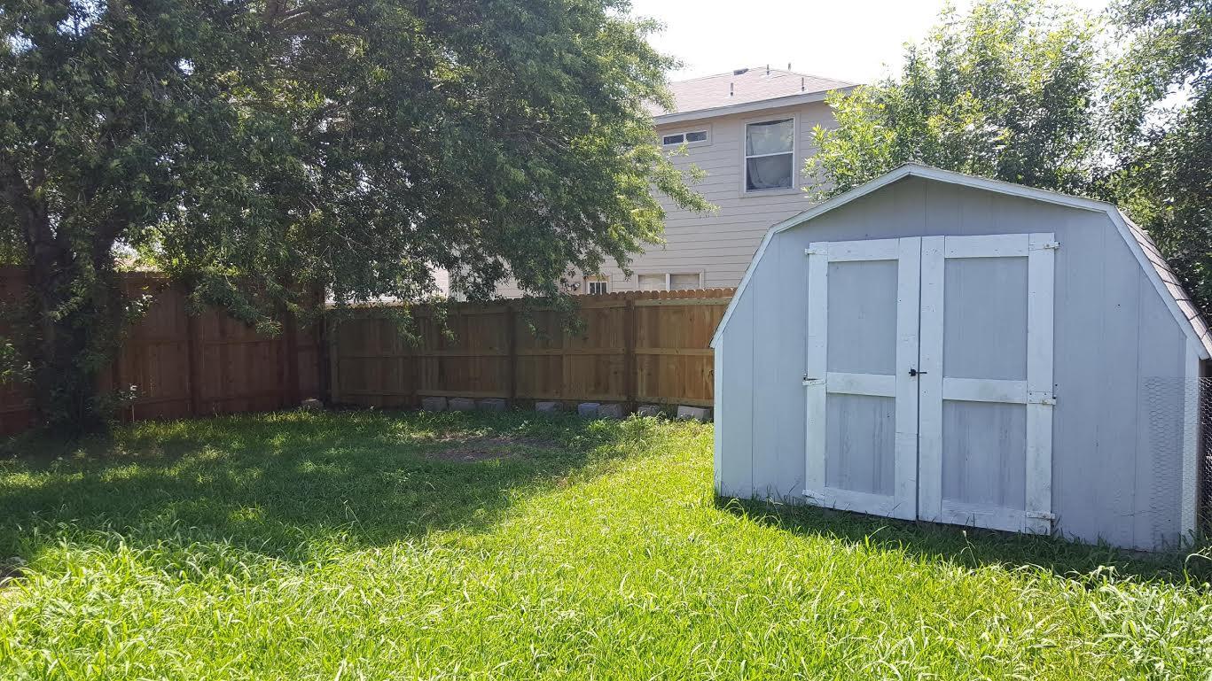 1117 Overlook Way  shed 2.jpg