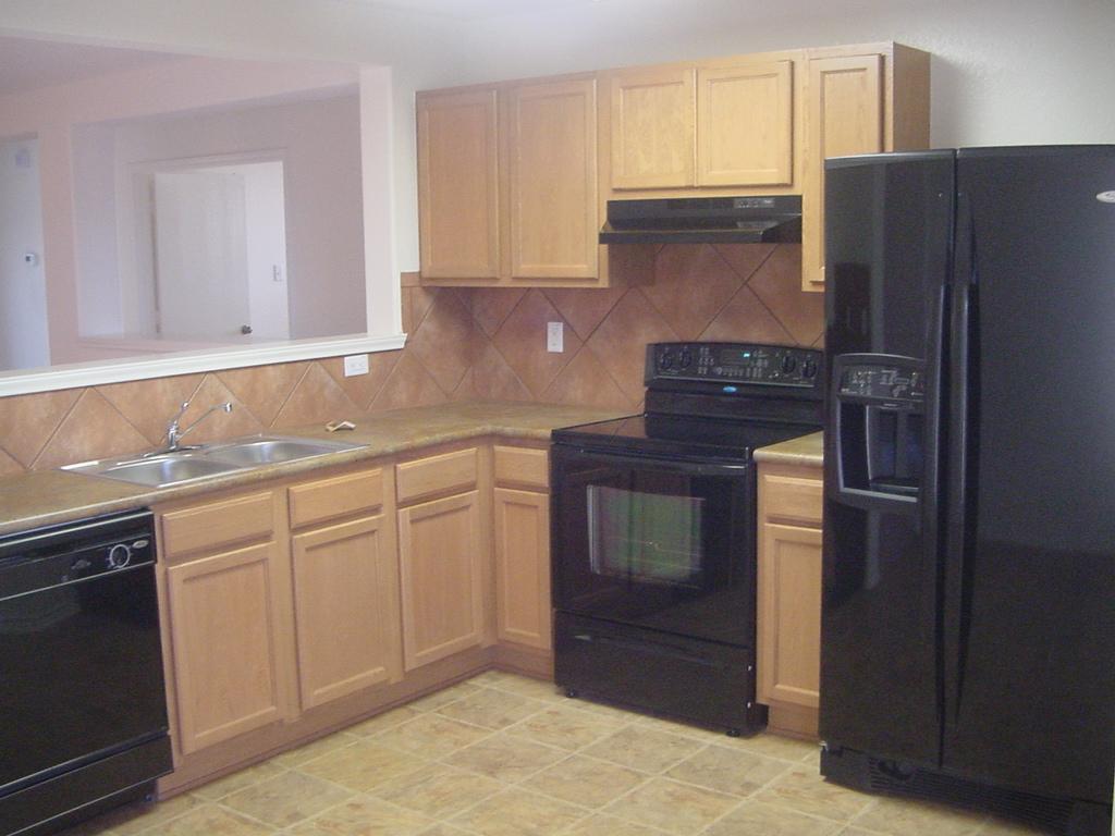 206 Calixto kitchen.jpg