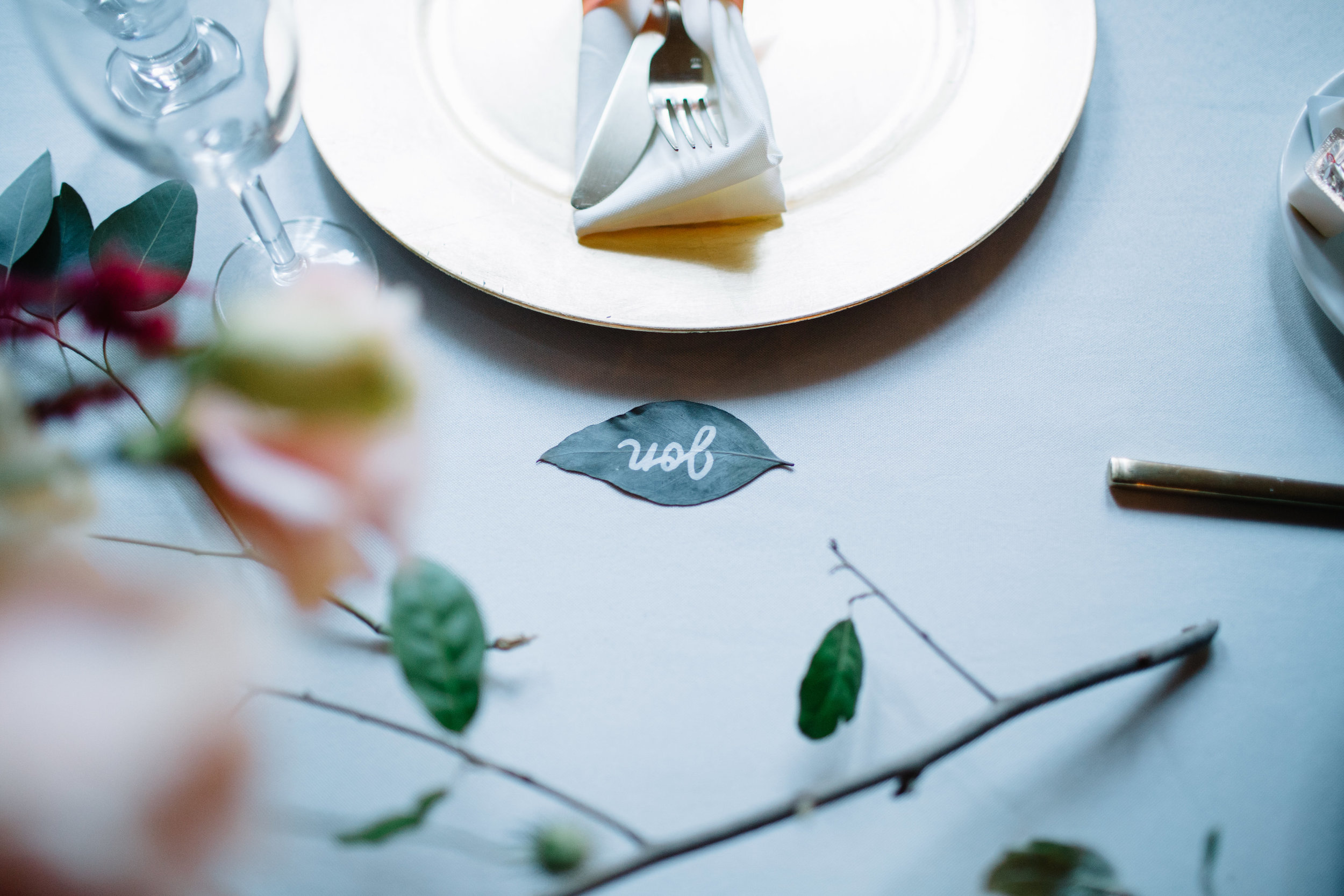 naomipaperco-wedding-tablesettings20.jpg
