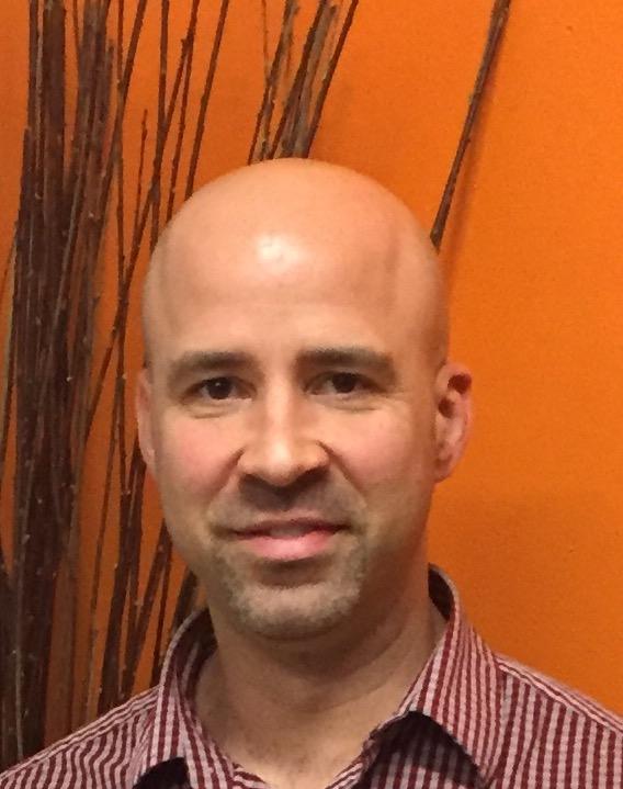 Javier Profile Pic-2.JPG