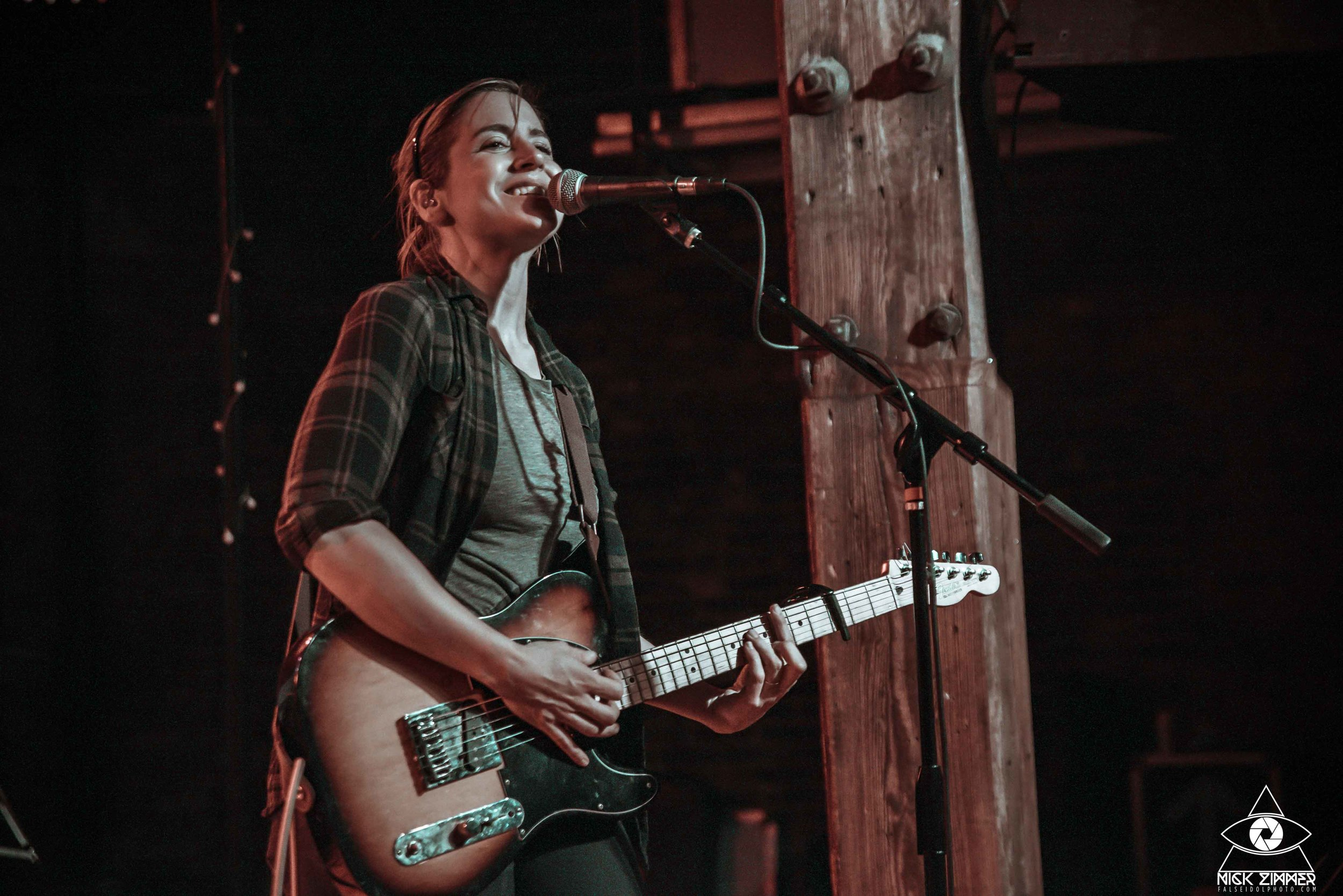 1laurastevenson.mercylounge.nickzimmer (17 of 26).jpg